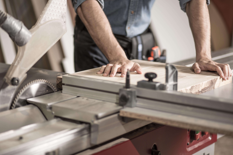 Solid Oak Manufacturing Doncaster slider