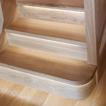 Oak LED Grooved Staircase Steps Cladding System Full Set with R/H Bullnose